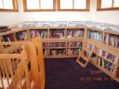 Combination Room Size, Library, Seating Built-in